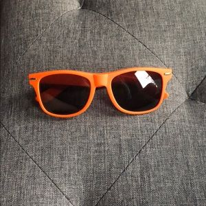 Accessories - New! Detroit unisex sunglasses